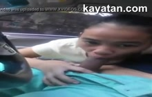 Teen Filipina sucks in the car